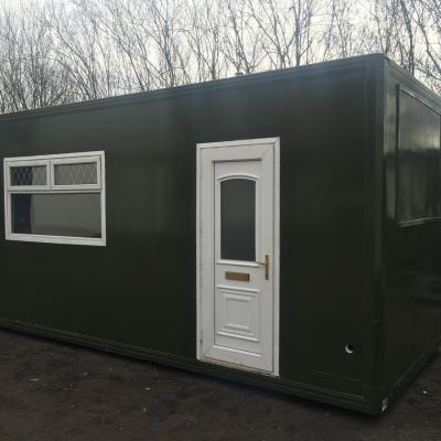 20 foot insulated container 2 windows and 1 door